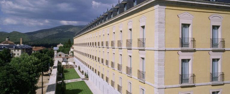 Отель Parador de la Granja