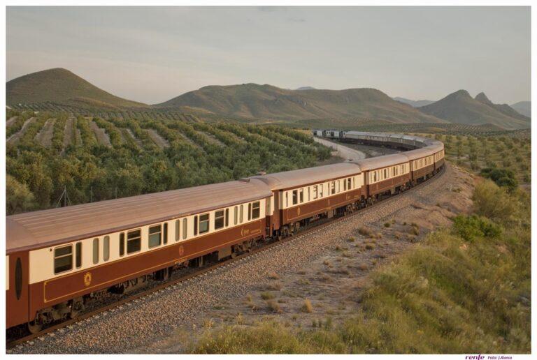 Туристические поезда от RENFE: сезон 2017