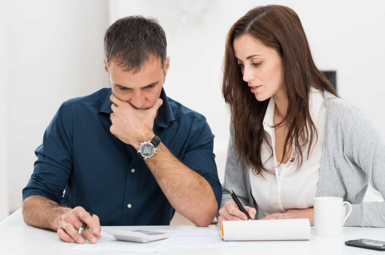 Можно ли отказаться от долгов наследодателя?