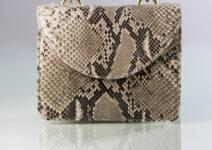 Tus sueños son nuestros sueños: Luxury bags by Marajai