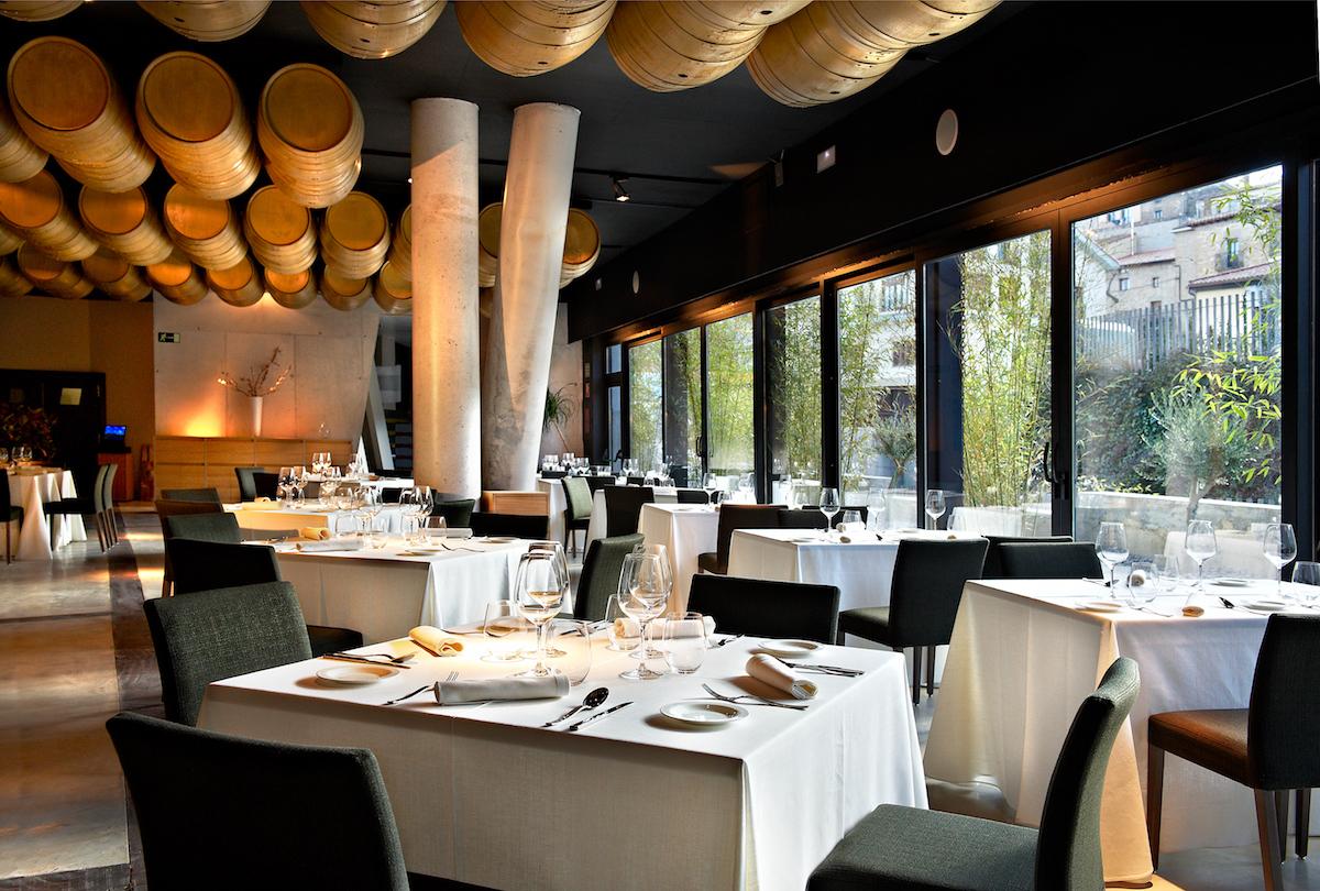 Viura: hotel, restaurante, vinoteca