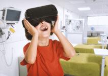 Quirónsalud Torrevieja вводит применение очков виртуальной реальности для уменьшения болевых ощущений в отделении педиатрической скорой помощи