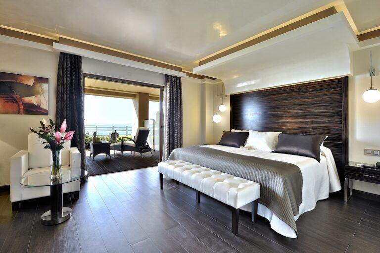 """Vincci Selección Aleysa Boutique&Spa 5*,  elegido por cuarto año consecutivo """"Mejor Hotel de 5 Estrellas de España"""" en los  """"Trivago Awards"""""""