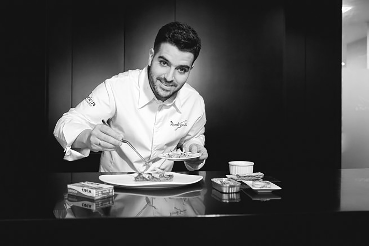 """""""Cena de Canallas"""" El 5 de junio en Aticcook, con Ricardo Temiño como Primer Chef invitado"""