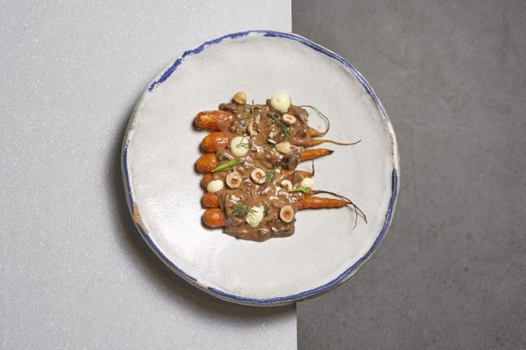 'Habitual' abre las puertas de su cocina para ofrecer un servicio más directo y cercano